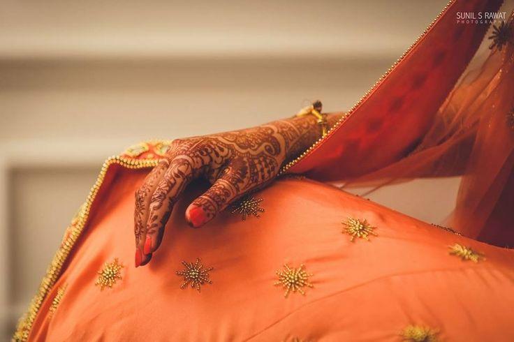 """Henna... Sunil S Rawat Photography """"Portfolio"""" album  #weddingnet #wedding #india #indian #indianwedding #weddingdresses #mehendi #ceremony #realwedding #lehenga #lehengacholi #choli #lehengawedding #lehengasaree #saree #bridalsaree #weddingsaree #photoshoot #photoset #photographer #photography #inspiration #planner #organisation #details #sweet #cute #gorgeous #fabulous #henna #mehndi"""