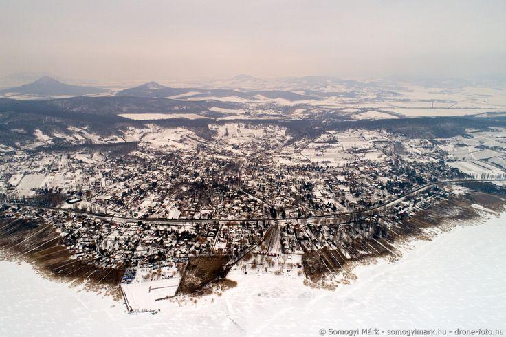 Tél-búcsúztató látkép ábrahámhegyieknek barátsággal. Fotó: Somogyi Márk http://www.somogyimark.hu http://www.drone-foto.hu http://www.sm-artstudio.com #ábrahámhegy #balaton #drone