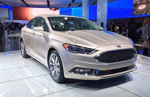 Equipe fala sobre Ford Fusion, Chevrolet Cruze hatch, Mercedes Classe E e muitas novidades