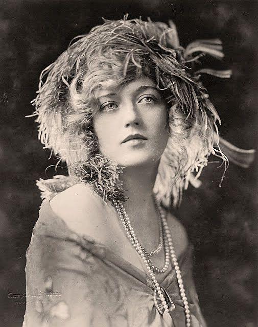 Marion Davies, 1920s