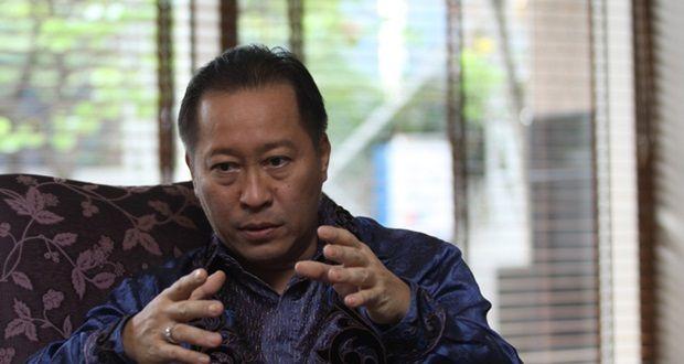 Humphrey Djemat selaku kuasa hukum dari Paslon Gubernur DKI jakarta Basuki Tjahaja Purnama Alias Ahok merasa keberatan dan tidak suka dengan cuitan menteri Agama.