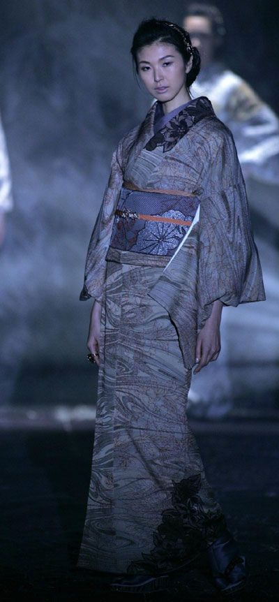 Japanese kimono designer Jotaro Saito at Japan Fashion Week - Japanese,kimono,designer,Jotaro Saito,Japan Fashion Week,show