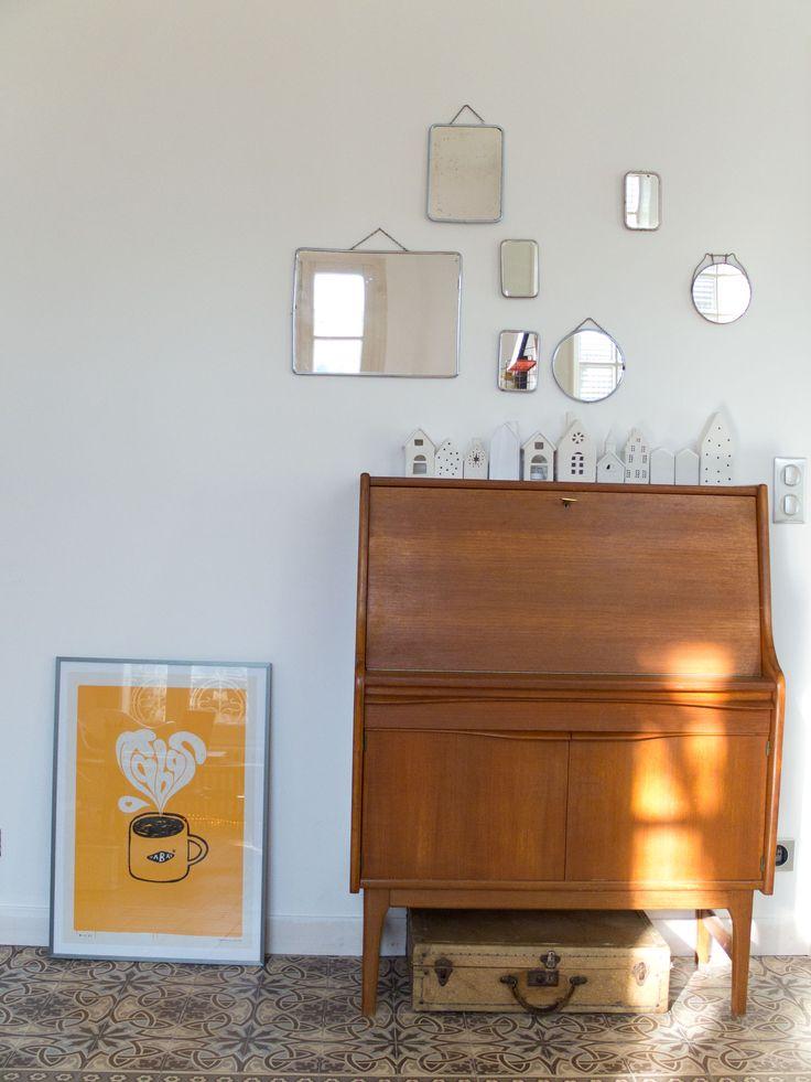 les 25 meilleures id es concernant salon de barbier sur pinterest coiffeurs pour homme. Black Bedroom Furniture Sets. Home Design Ideas
