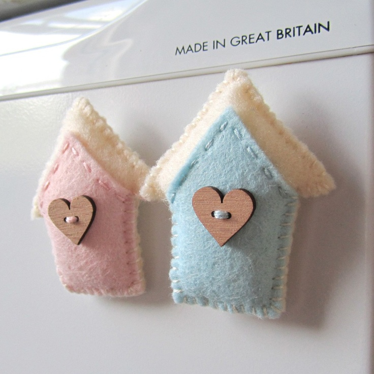 tiny felt birdhouses <3