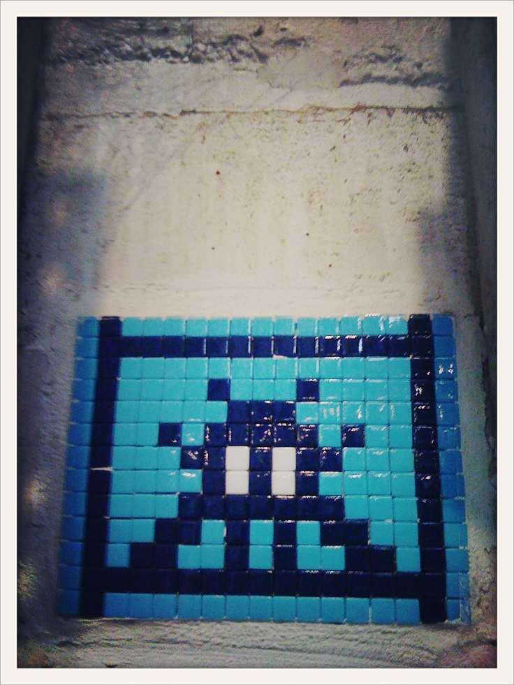 Space invader - Street Art Paris - streetartparis.org