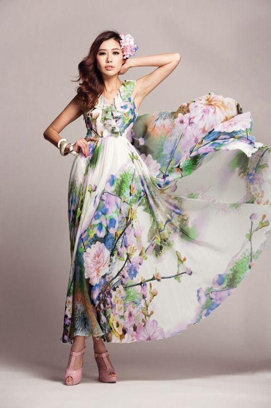 ホワイトベースに綺麗なフローラルワンピ☆ おしゃれロング♪ - ロングドレス・パーティードレスはGN|演奏会や結婚式に大活躍!