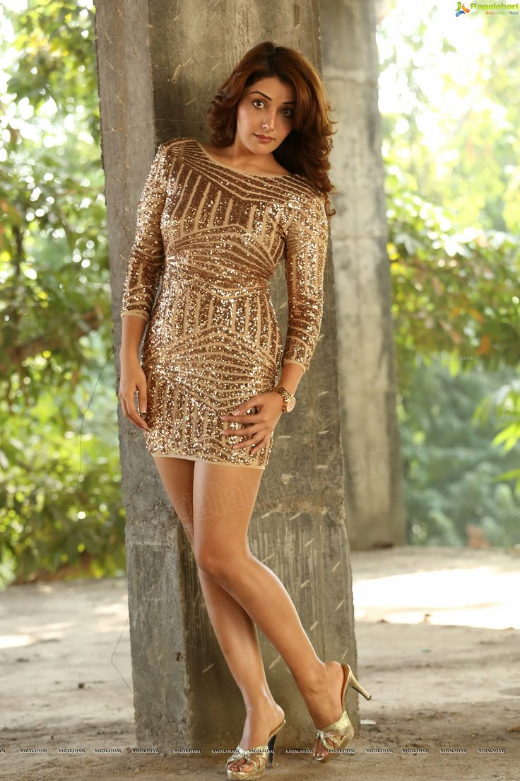 Bollywood Actress Sonia Mann High Definition Photo Gallery - Image 118