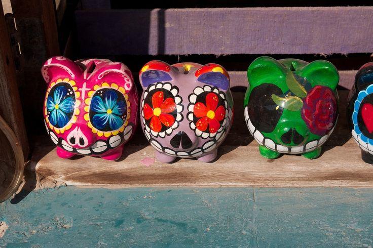 Alcancías de barro. Mexican Piggy Banks