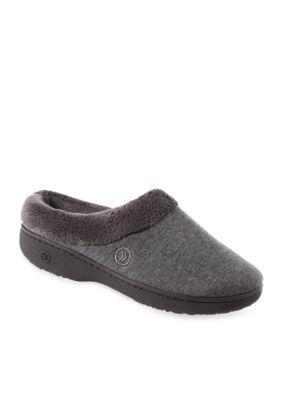 Best 25+ Isotoner slippers ideas on Pinterest   Slipper socks, The ...
