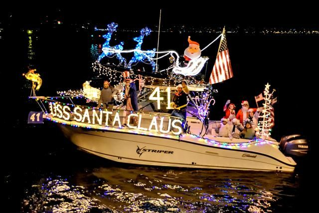 San Diego Parade of Lights Harbor Par guide includes photo, tips, where to watch and info about the annual boat parade
