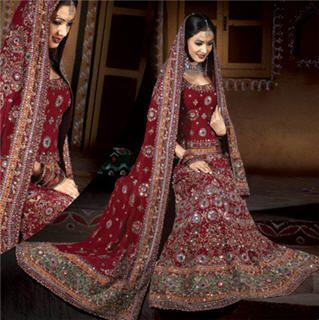 Resultado de imágenes de Google para http://trueshaadi.blog.com/files/2010/10/maroon-indian-wedding-dress1.jpg