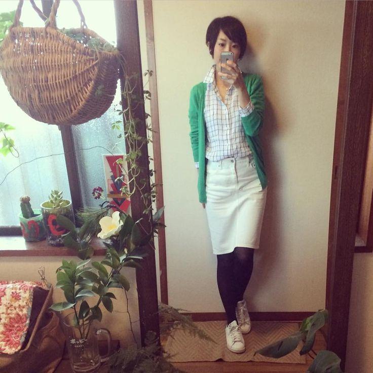 3月12日 UNIQLOメンズリネンシャツでグリーン×ネイビーの爽やか春コーデ