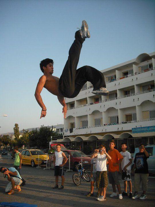 amazing jump!!! http://www.hoboillusionerz.com/Photos