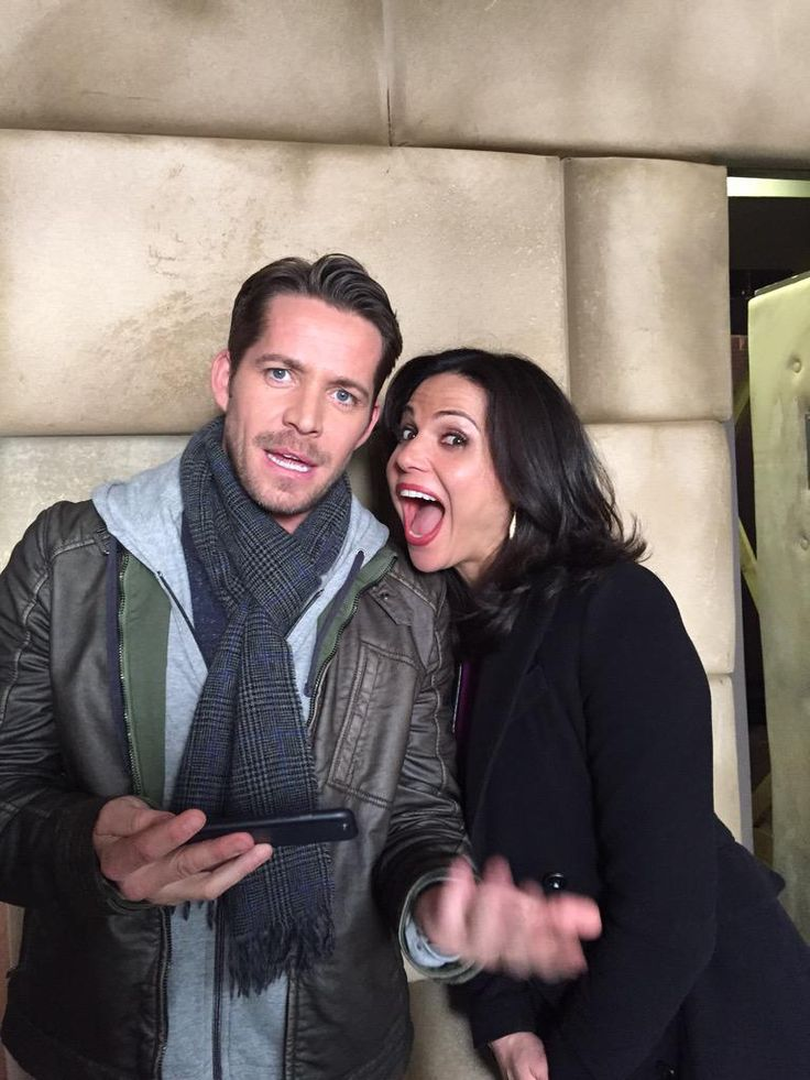 Patrick Fischler: Another day another #btspic These two make a slow day go fast @LanaParrilla @sean_m_maguire #OnceUponATime @OnceABC