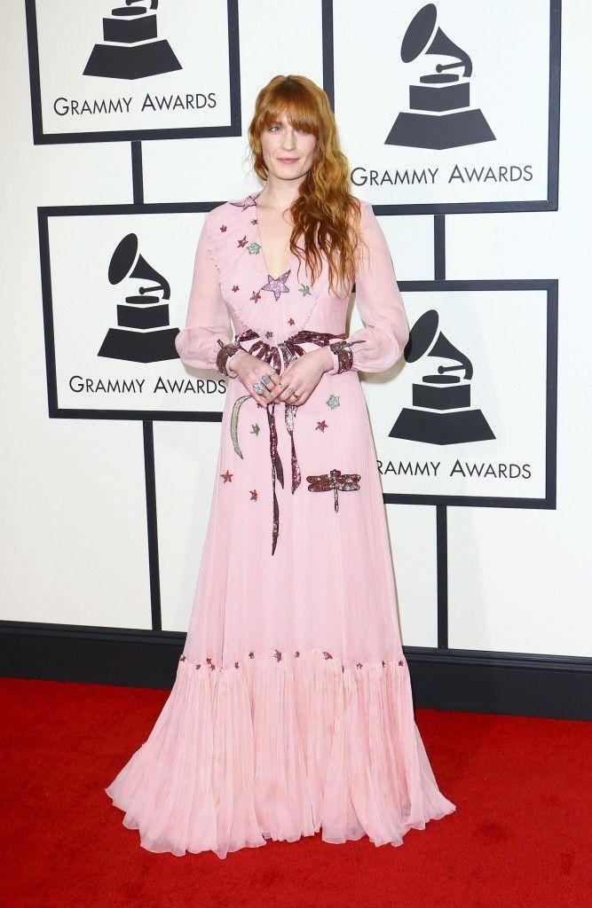 Grammy Awards 2016: Το ιδιαίτερο look της Lady Gaga και οι υπόλοιπες εμφανίσεις στο κόκκινο χαλί - JoyTV