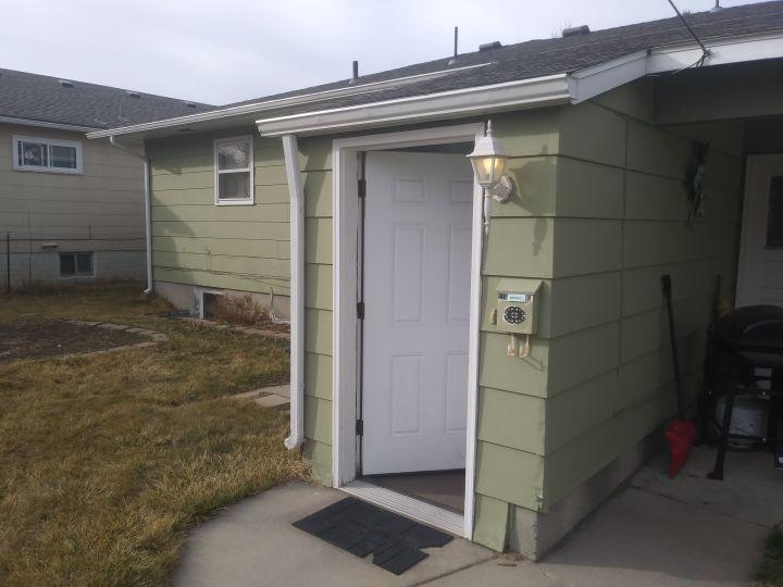 1102 Alderson Ave Apt B 1 Bedroom Apartment Billings Mt Rentals Cozy 1 Bedroom And 1 Bathroom Unit Avail In 2020 Duplex For Rent Apartments For Rent Bathroom Units
