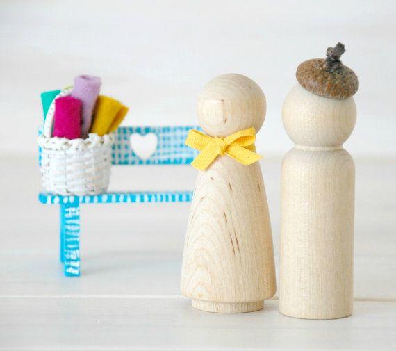 20 Wooden Peg Dolls - Unfinished Wooden People - Husband & Wife wooden dolls in a Muslin bag - Set of 20 - DIY Wood Crafts