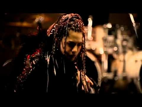 L'Arc~en~Ciel - Chase - © Sony Music Japan 2011