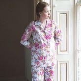 Ladies Pyjama Set In White Rose Floral Print
