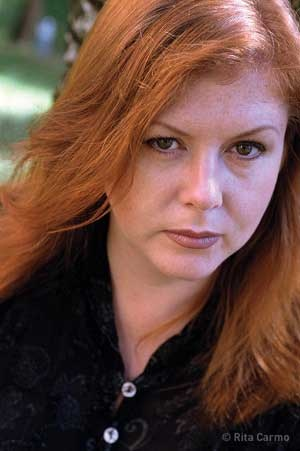 Kirsty MacColl - one of the greatest voices out of Ireland, best known for her collaboration with Shane MacGowan and the Pogues for Fairytale of New York and brilliant in her own rite. Sorely missed.