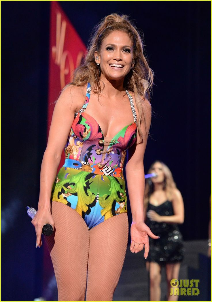 jennifer lopez hometown concert state farm 02 Jennifer Lopez hits the stage in several glam outfits while performing during her first ever hometown concert to launch the State Farm Neighborhood Sessions on Wednesday…