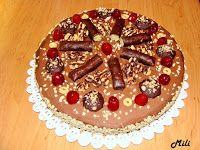 Zdravě a hravě: Ořechový dort s mascarpone, čokoládou a banány