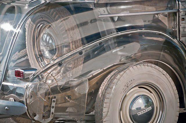 1939-pontiac-plexiglas-deluxe-six-ghost-car-00
