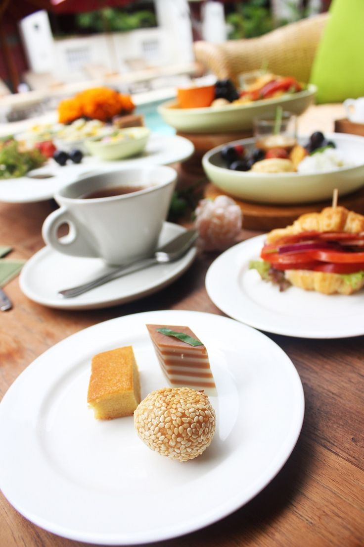 Little delights to accompany your afternoon tea time is ready to served!