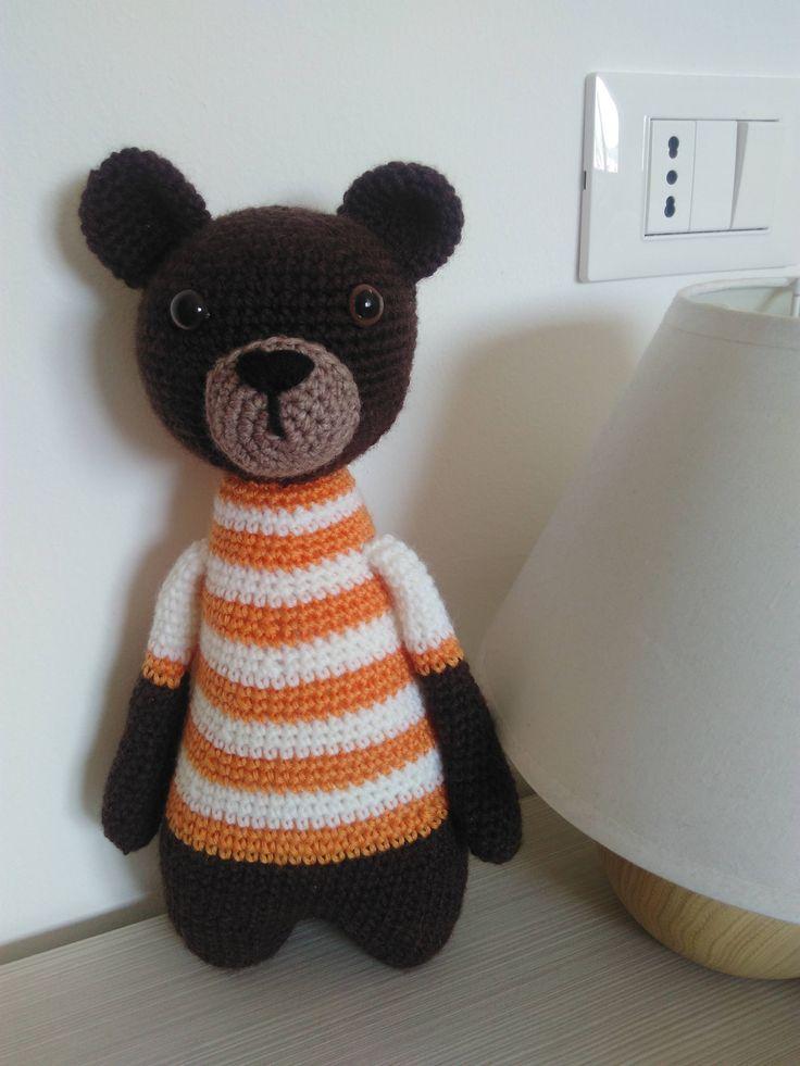 Crochet orso marrone amigurumi, fatto a mano, animale imbottito, soft toy, dono bambini, orso peluche, giocattolo morbido, filato acrilico di CreazionidiEdy su Etsy