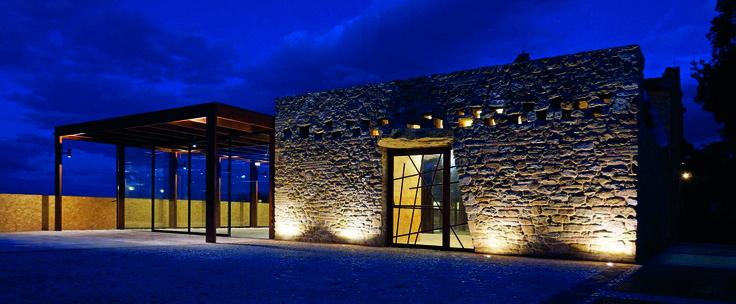 Iluminación exterior, Iluminación decorativa.  Ahorra y decora con la iluminación LED de Megabright  #ledlight #led #lighting #light