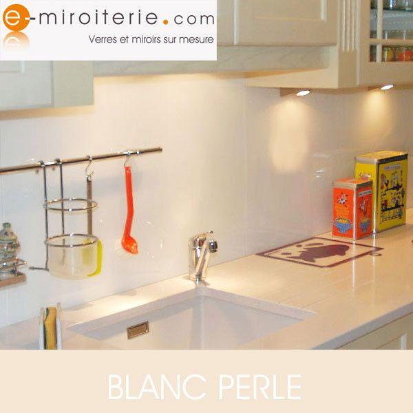 153 best cr dences cuisine en verre sur mesure images on pinterest. Black Bedroom Furniture Sets. Home Design Ideas