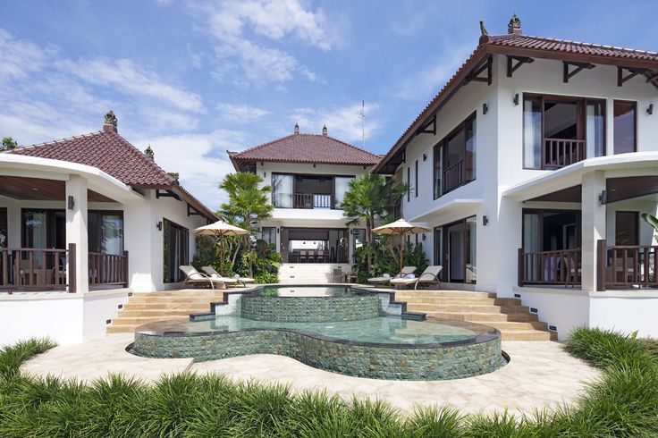 Canggu Terrace Bali- daytime view to 3 bedroom villa.