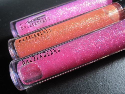 Fashion is Endless: Hair Salons, Lips Gloss, Dazzle Glasses, Mac Makeup, Beautiful Shops, Beautiful Killers, Beautiful Queen, Mac Lipgloss, Mac Dazzleglass