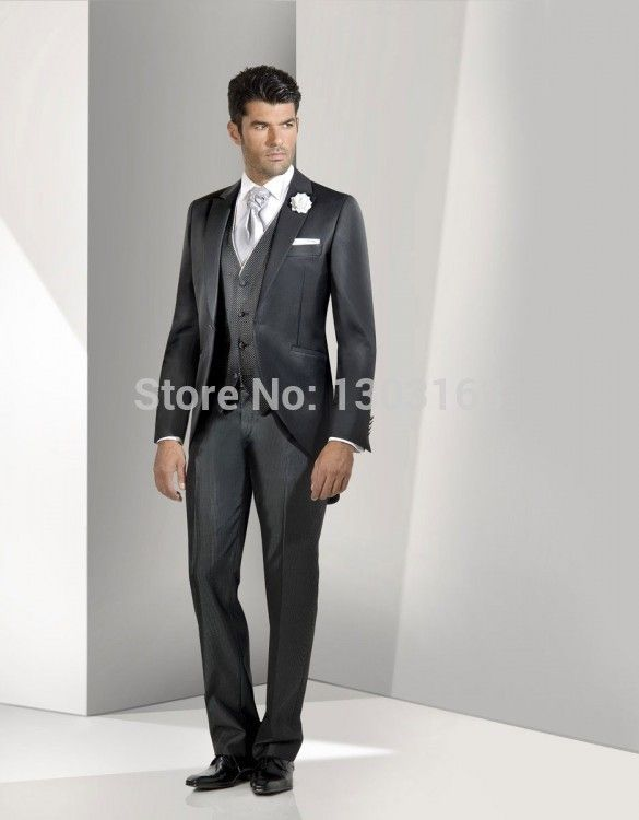 New Design Morning style Navy Blue Groom Tuxedos Groomsmen Men s Wedding  Suits Best man Suits JacketPants+Vest+Tie Free Shipping 08232d5644c9