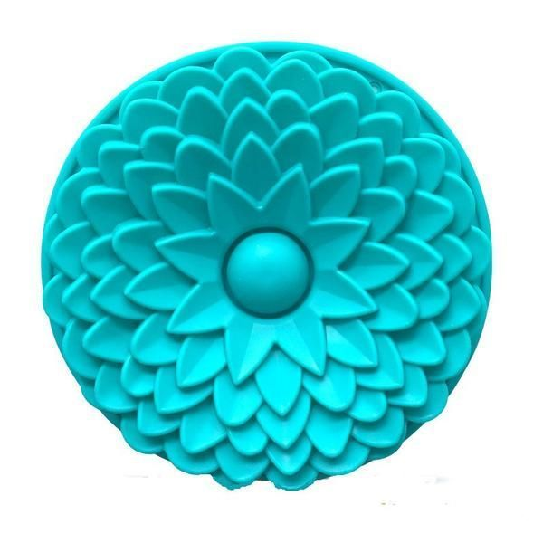 22 CM Sunflower Silicone cake mold, cake pan, Bread Pie Flan Tart Birthday Party Cake Silicone Mold Pan https://www.banyancentral.com/products/22-cm-sunflower-silicone-cake-mold-cake-pan-bread-pie-flan-tart-birthday-party-cake-silicone-mold-pan?utm_content=buffer3fae5&utm_medium=social&utm_source=pinterest.com&utm_campaign=buffer