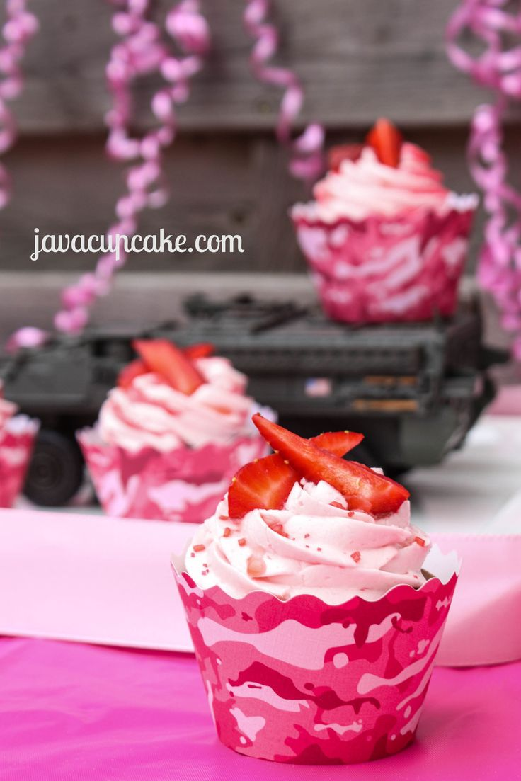Cupcake Couture Blog Party - Strawberry Camo Cupcakes by JavaCupcake.com