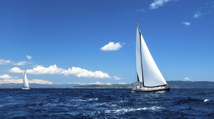 Chesapeake Bay Sailing Charters offers sailboat rental for a weekend or week. A Bareboat bay sailing charter in Annapolis Maryland.