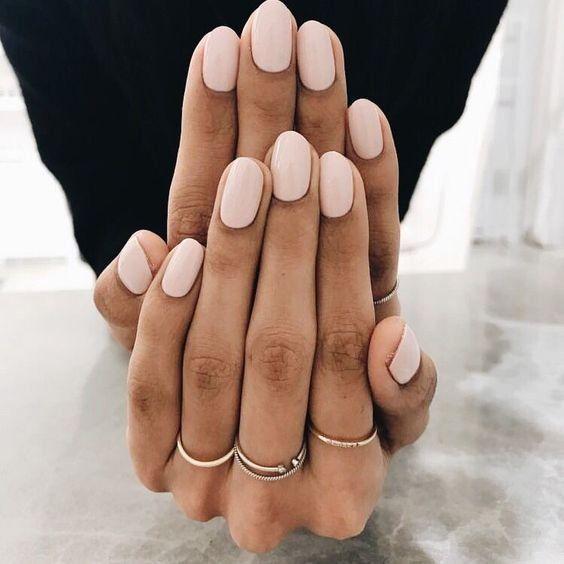 Schönheit | Nagellack | Rosa Nagellack Goldringe | Schmuck Maniküre Kleiner Fi…
