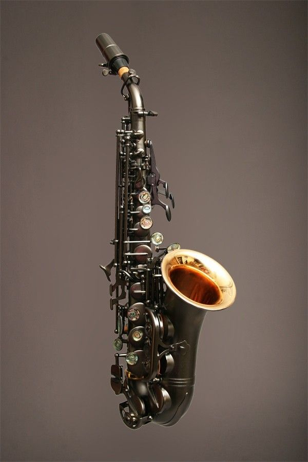 Curved Soprano Sax <3 They are so cute and I want one so bad-