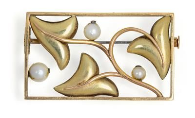 A brooch with sprig of leaves by Friedrich Luttenberger, C. 1925-30