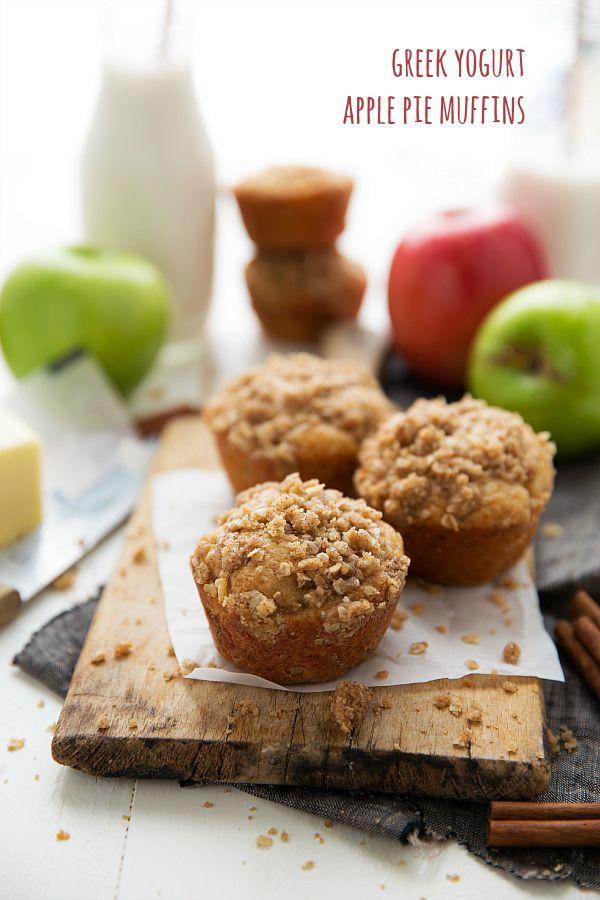 Healthier Greek Yogurt Apple Pie Muffins. The crisp topping has NO butter!