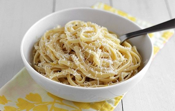 Lemon Linguine: Mail, Sauces, Food, Recipes, Small Cloves, Pound Cake, Meatless Monday, Low Heat