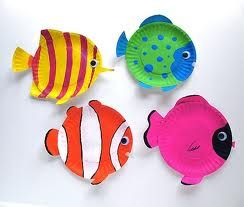 summer crafts for kids - Just the google search...but I really just like those fish that would be super easy to make out of paper plates and so it's not a mess use markers instead of paint