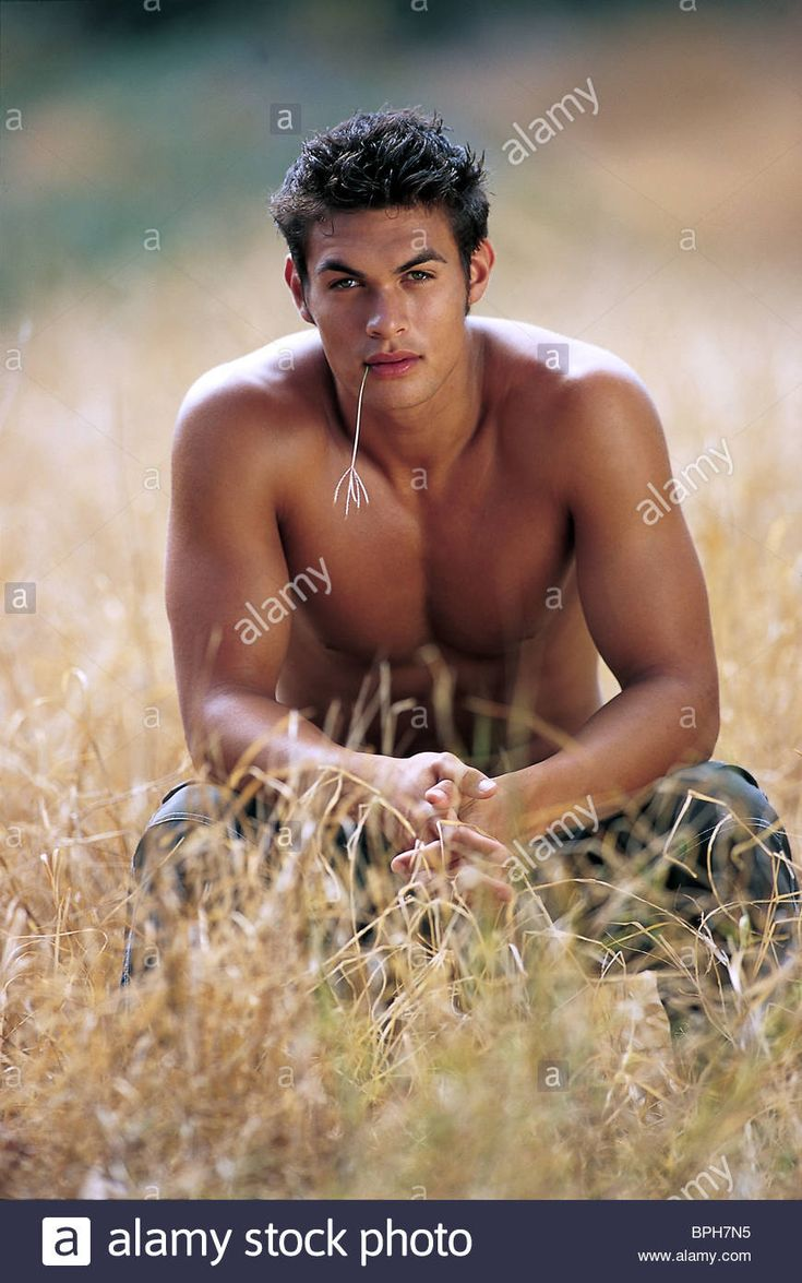 Download this stock image: JASON MOMOA BAYWATCH : SEASON 11 (2000) - BPH7N5 from Alamy's library of millions of high resolution stock photos, illustrations and vectors.