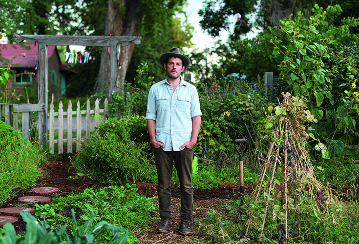 Meet the Modern Farmer: Gregory Alan Isakov - http://modernfarmer.com/2017/06/meet-the-modern-farmer-gregory-alan-isakov/?utm_source=PN&utm_medium=Pinterest&utm_campaign=SNAP%2Bfrom%2BModern+Farmer