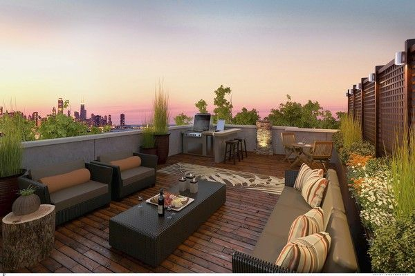 Outdoor spaces are a key attraction at Lake Park Crescent in Chicago, where the penthouse terraces are nearly 400 square feet.