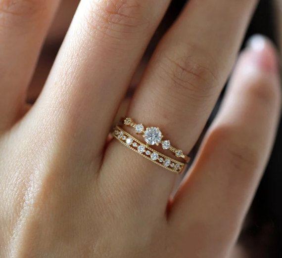 14 k Solid Yellow Gold Diamond Engagement Ring eenvoudige