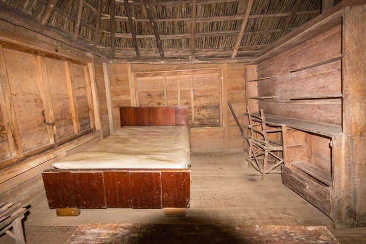 Fiedel Castros bed @Anna Faunce Maestra Rebel Camp. Cuba