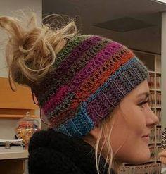 FREE!! Michigan girl [living a] Military Life: Messy Bun Crochet Beanie Pattern