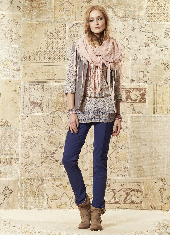 Mosaic Tunic with Neck Wamer
